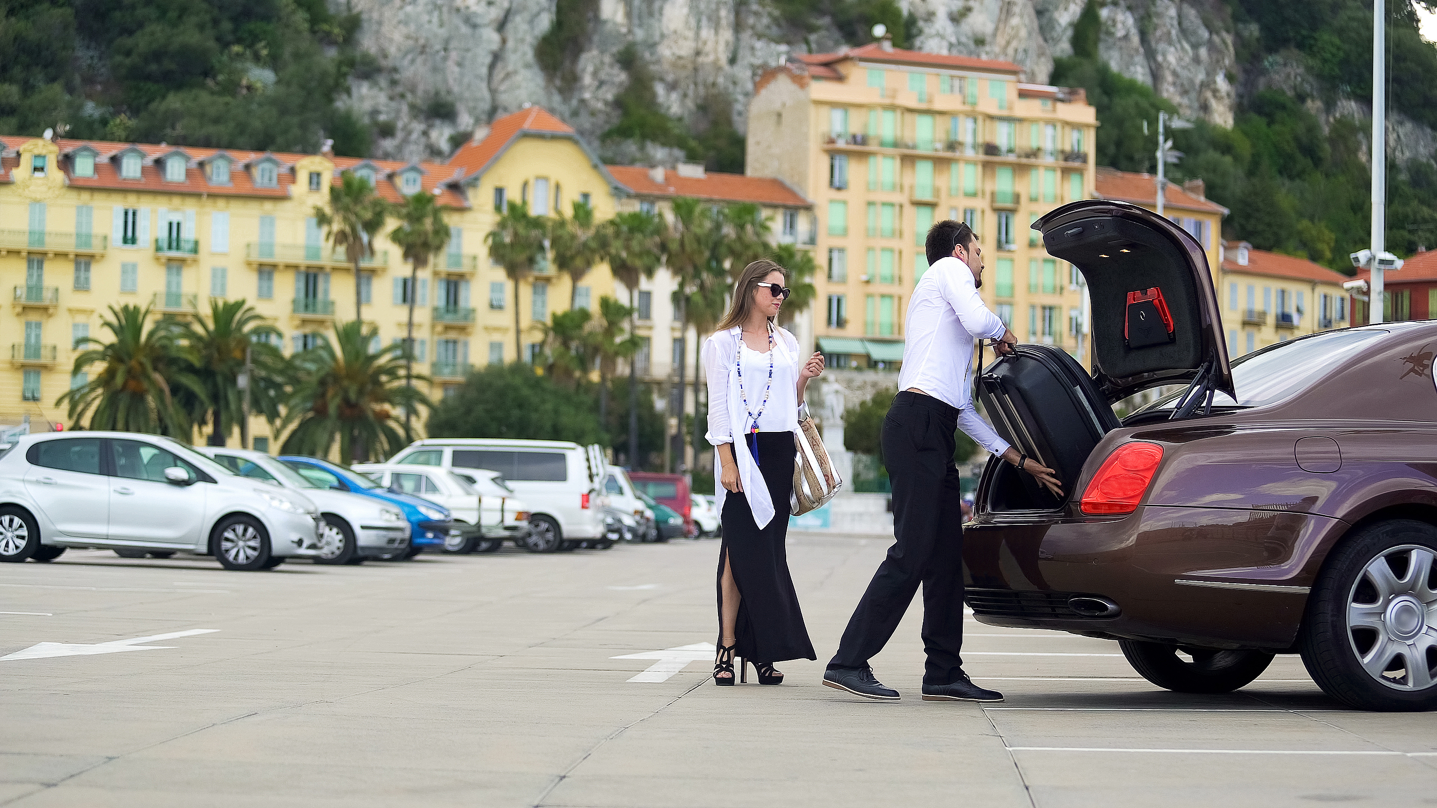 Airport Transfer Luxury Taxi